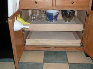 07-8-09_Kitchen_Cabinet2.jpg