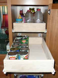 07-8-09_Kitchen_Pantry2.jpg