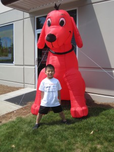 Sheridan and Clifford the Big Red Dog 1