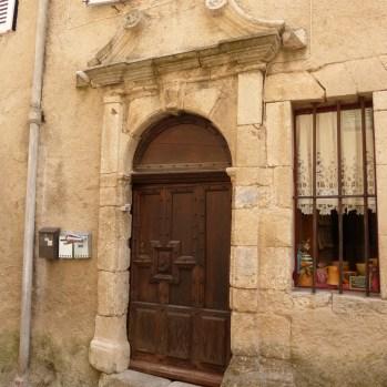 Cool door in Fayence