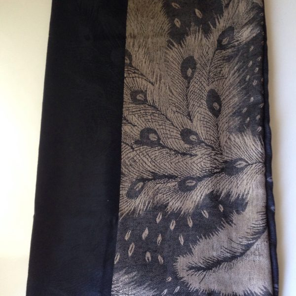 Peacock print pocket scarf black-beige by sherocksabun