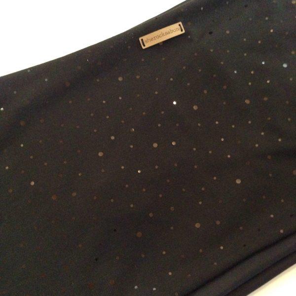 Black with sparkles pocket scarf - kimaltava musta taskuhuivi/huivi taskulla - svart glittrande scarf med ficka