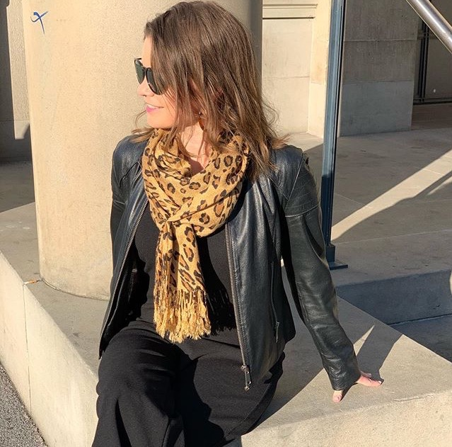 Hanna diabetes expert rocking a sherocksabun pocket scarf