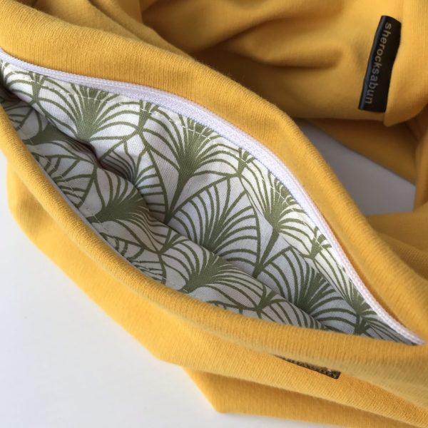 Mustard yellow organic cotton pocket scarf – Sinapin keltainen luomu-college taskuhuivi – Senapsgul eko-college scarf med ficka