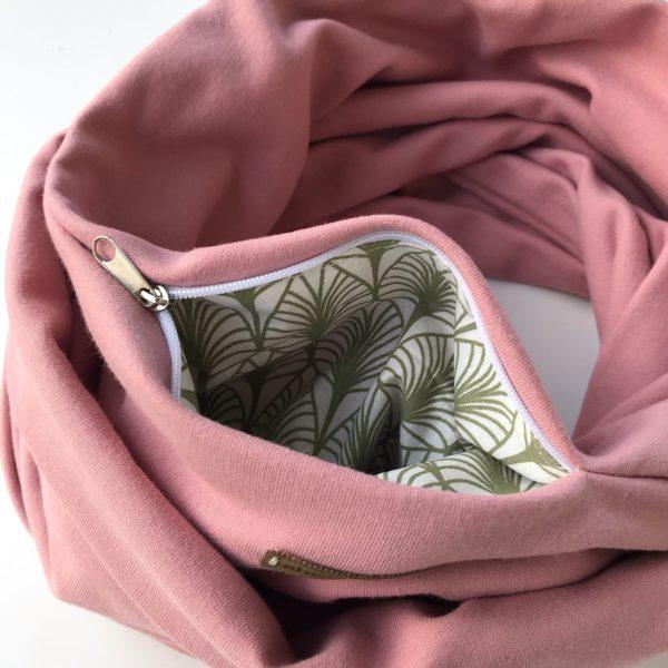 Pink organic cotton pocket scarf – Roosa luomu-college taskuhuivi – Rosa eko-college scarf med ficka