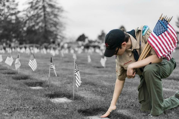 Setting Flags at Willamette National Cemetery, Memorial Day 2015