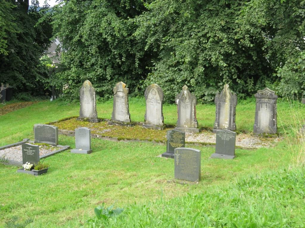 A Genealogist in Derbyshire_Shersca Genealogy_Chelmorton churchyard