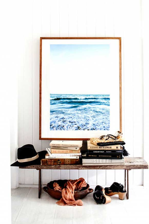 4 Decorating Ideas For A Small Apartment Entryway