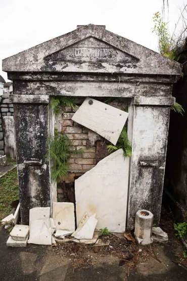 new orleans st louis cemetery voodoo queen