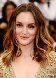 hairstyles make big foreheads