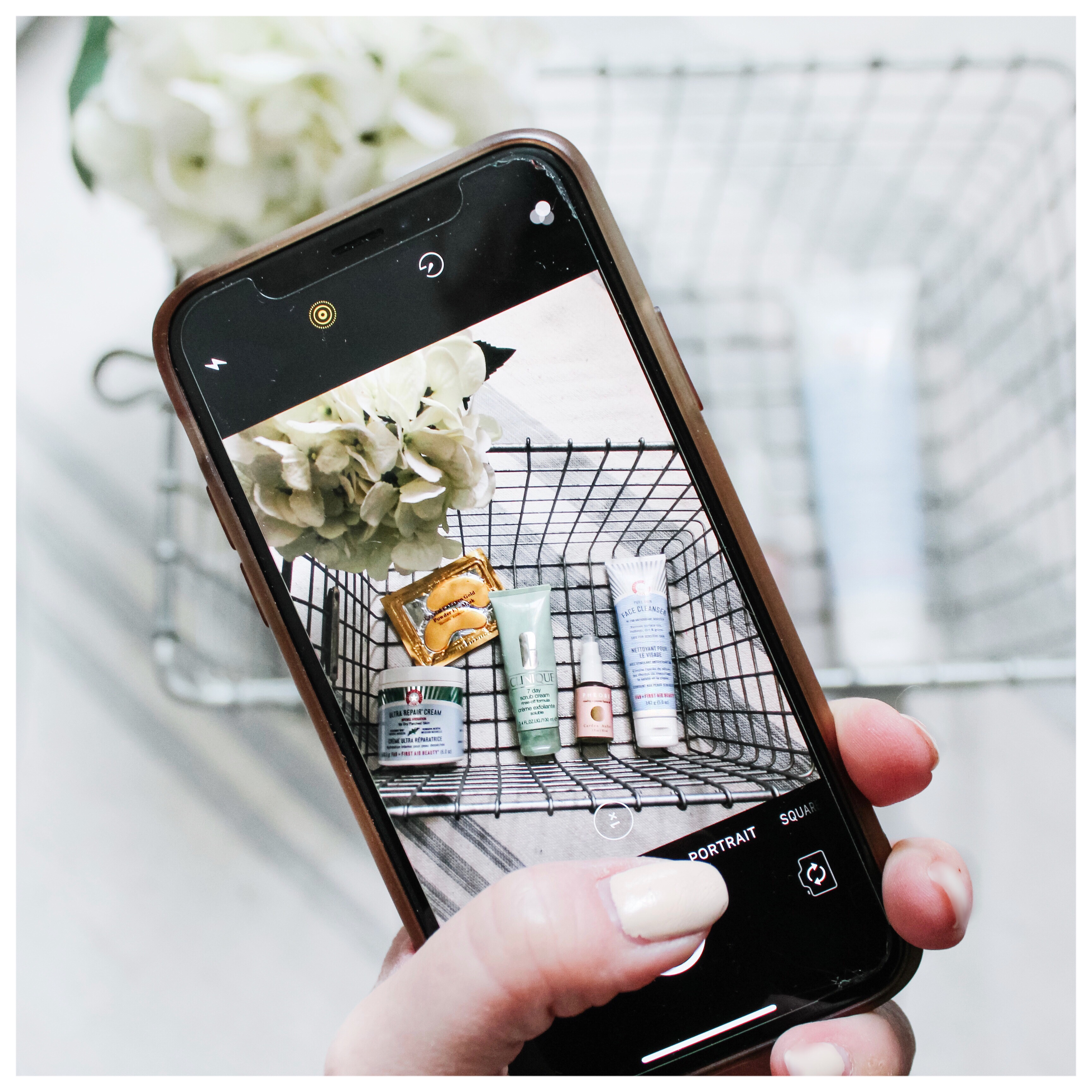 Top Tips, tricks and Tools for Taking Better Photos with your iPhone to help you build a cohesive brand on Instagram