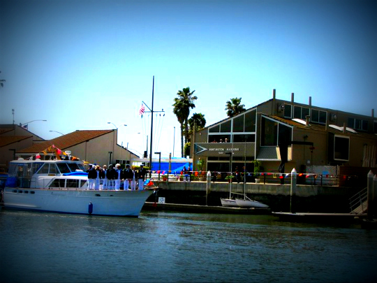 Huntington Harbor Yacht Club, Wine Knot
