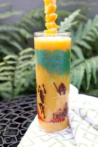 Iced White Tea with Mango and Coconut