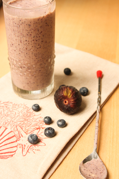 Fig and Blueberry Antioxidant Smoothie