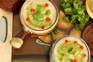 Mexican potato cheese soup, Caldo de Queso con Papas