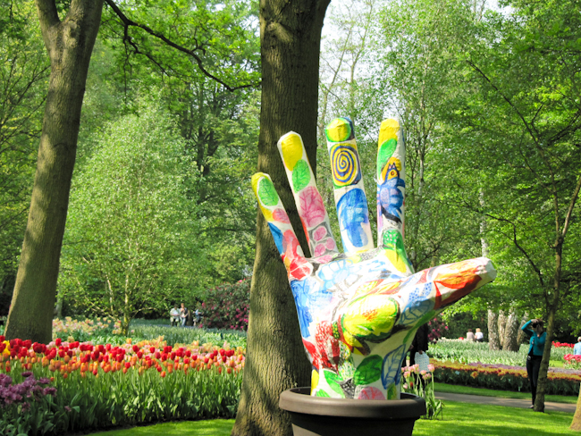 Outdoor art at Keukenhof Gardens
