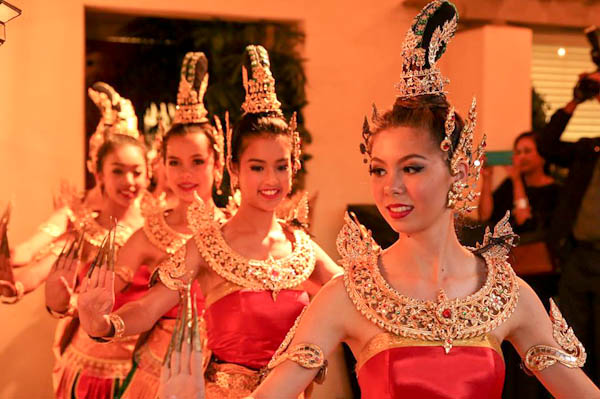 Thai dancers, The Gray Event | ShesCookin.com