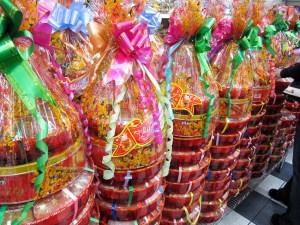 Tet Festival, Lunar New Year gifts