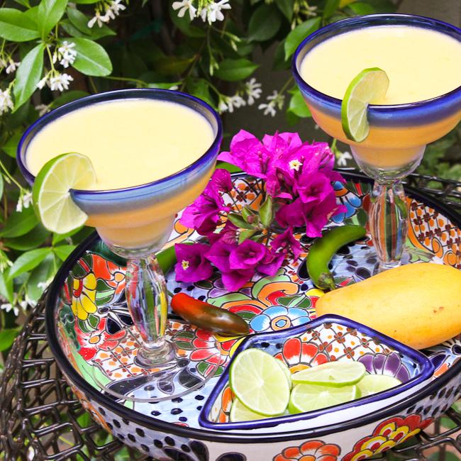 Mango Pineapple Margarita | ShesCookin.com