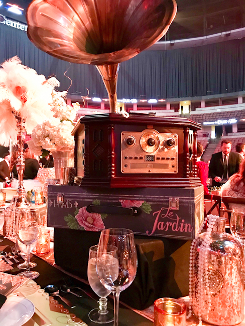 The Federal, Dux in Tux table decor,