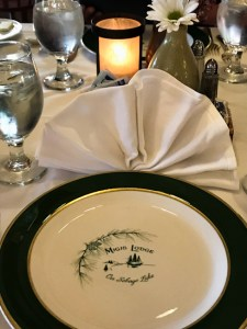 Dinner tablesetting at Migis Lodge
