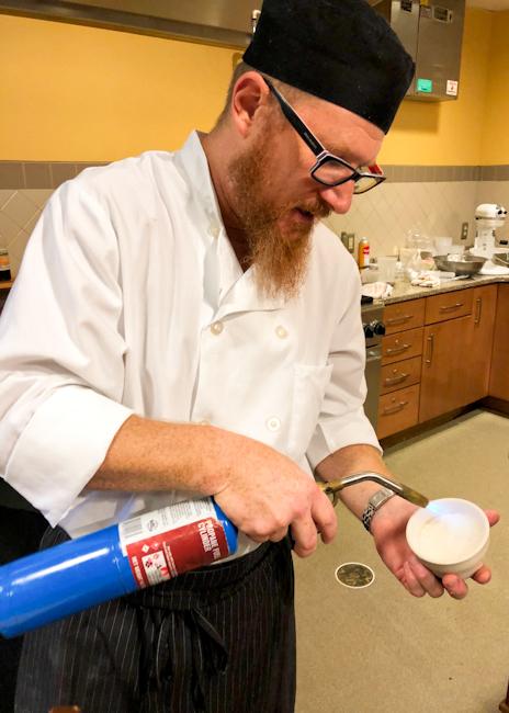Caramelizing sugar for creme brulee