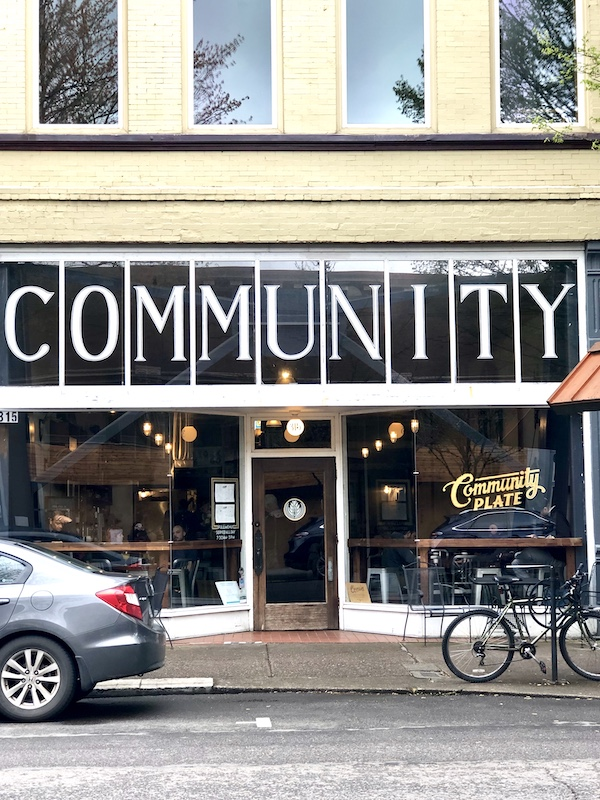 Community Plate, McMinnville, Oregon, downtown