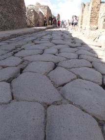 Pave, Pompeii