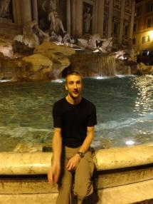 Coin throw at the Trevi Fountain