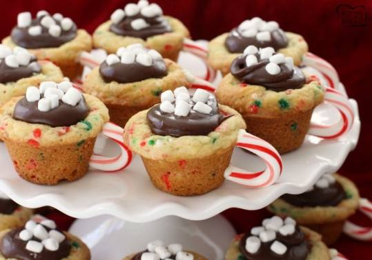 Easy Cookie Exchange Recipes: Hot Chocolate Cookie Cups