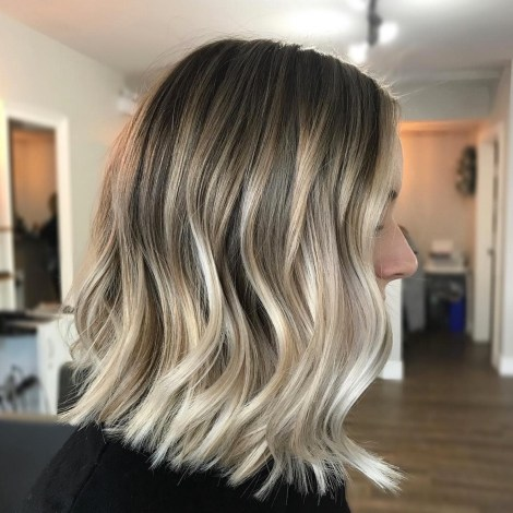 Blonde Lob Balayage Hair Color Idea