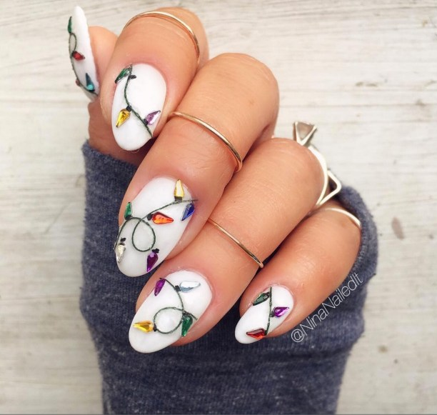 Winter Christmas Nail Designs: 25 Winter Nail Designs Everyone Will Love