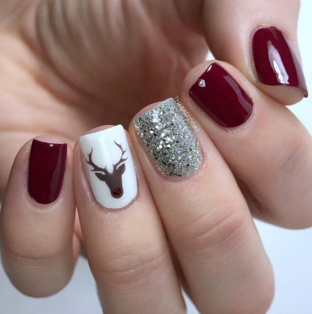 Winter Nail Designs: Reindeer Christmas Nail Art