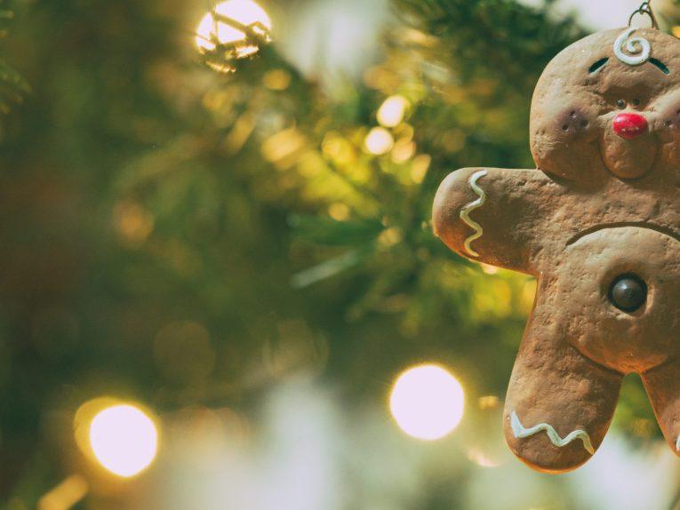 christmas-tradition-ideas-ornaments