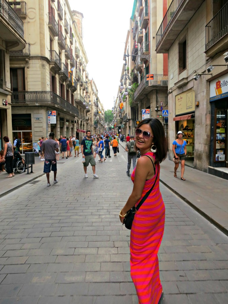 0945 270613 Exploring Barcelona