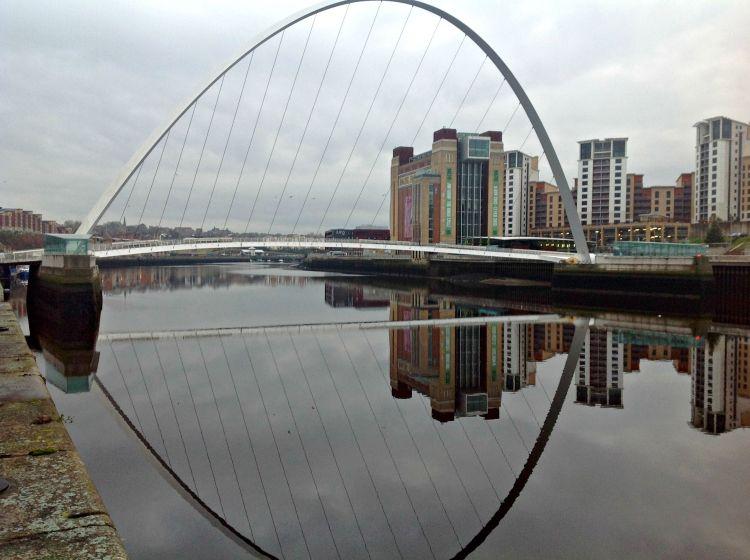 Gateshead Millennium Bridge - Exploring Newcastle in 24 Hours - www.shewalkstheworld.com