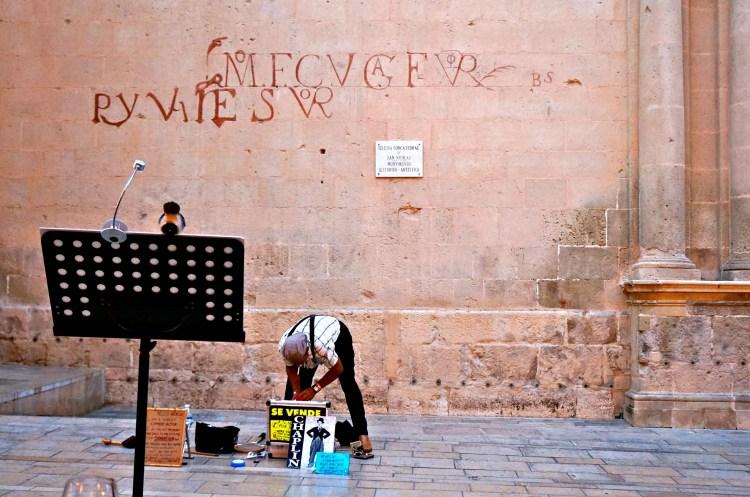 Dinner at La Piazza - Alicante in One Day - www.shewalkstheworld.com