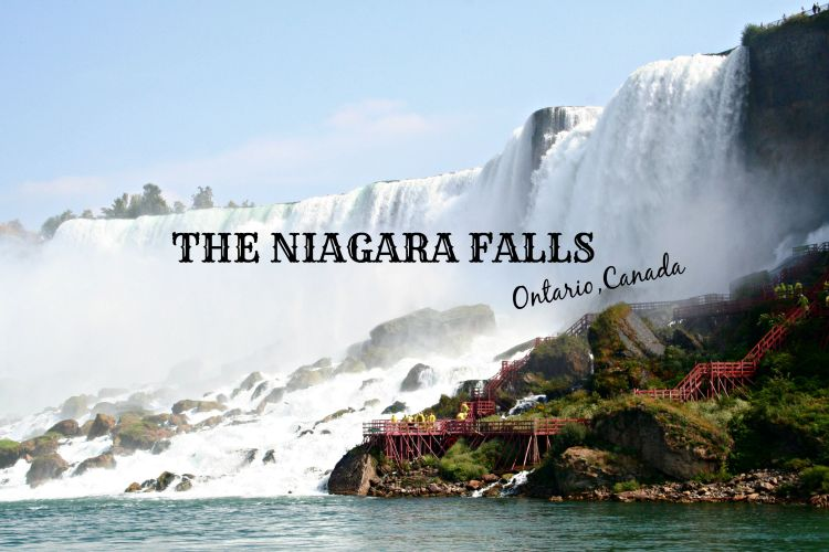 The Niagara Falls - www.shewalkstheworld.com