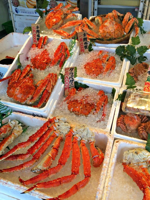 Crabs - Mynn's Top 10 Food to Eat in Hokkaido - www.shewalkstheworld.com