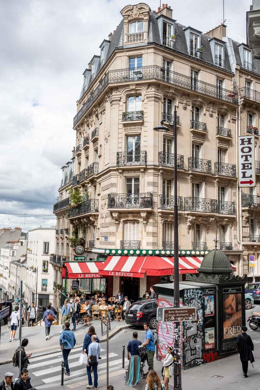 Lamarck-Caulaincourt in Paris