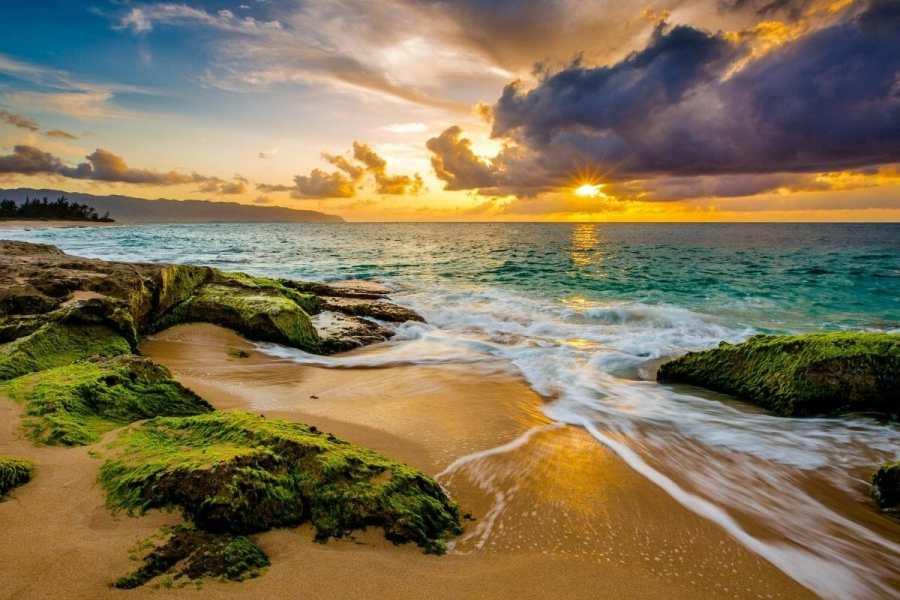 Sunset in Oahu, Hawaii, USA