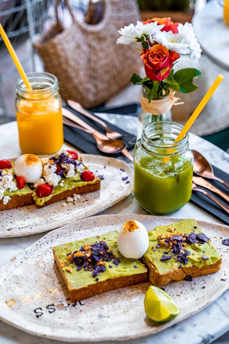 Breakfast at Eola in Monaco