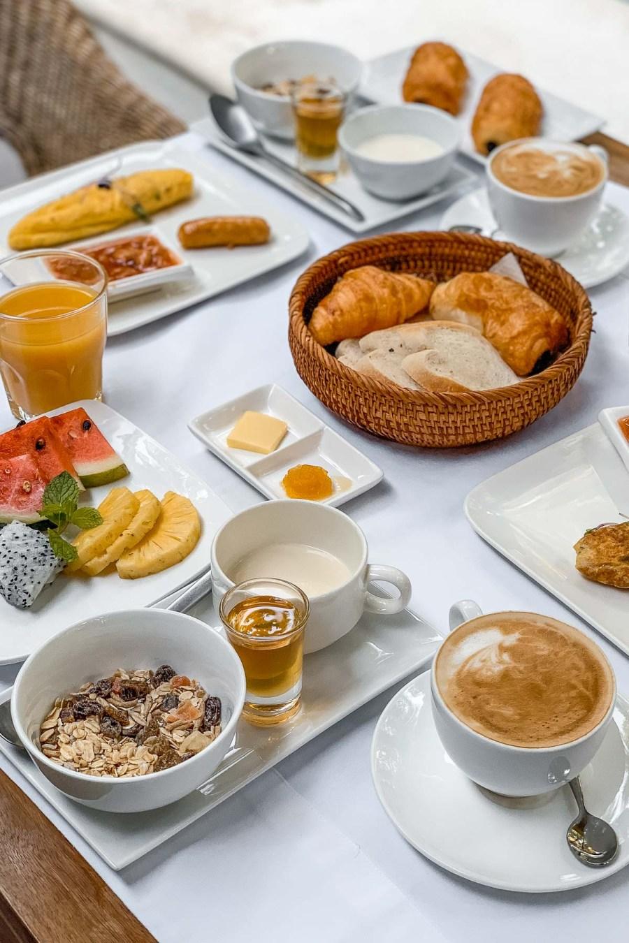 Breakfast at Pavilion Phnom Penh