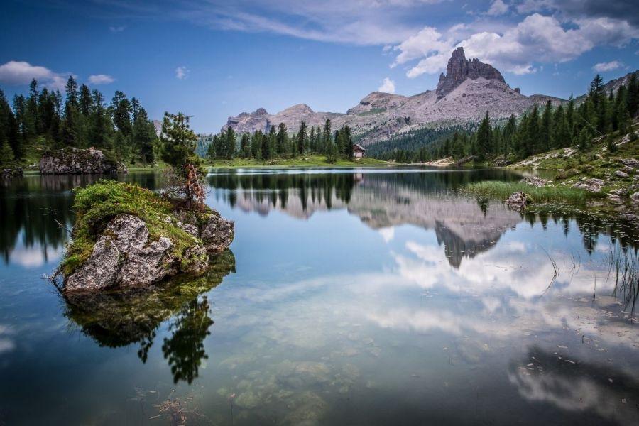 Beautiful reflections on Lago di Federa
