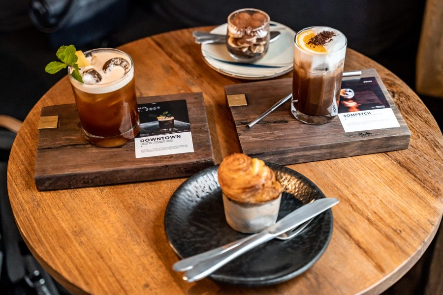 Sweets and special coffees at Graph One Nimman