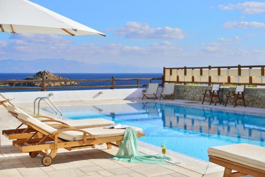 Art Hotel Pelican Bay