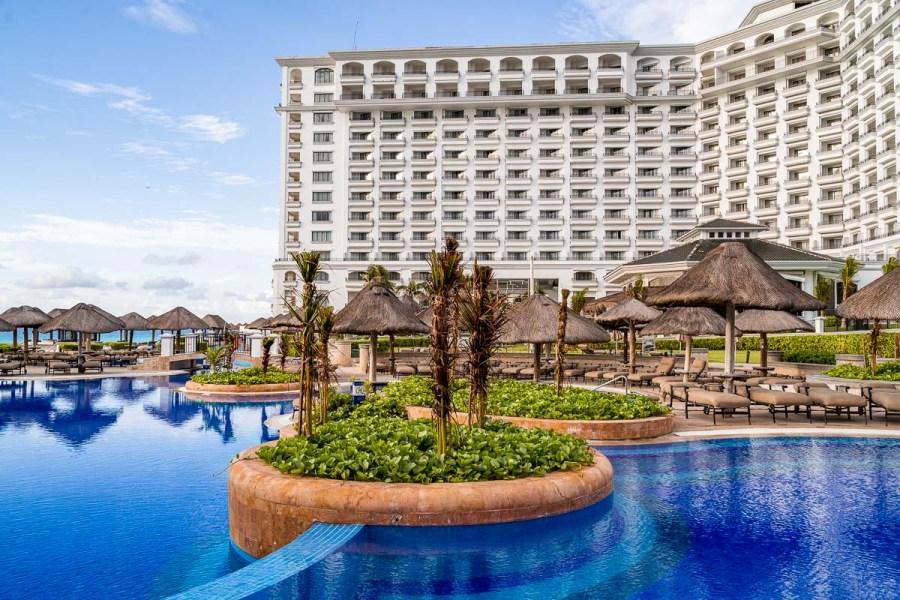 JW Marriott Cancun Pool Area