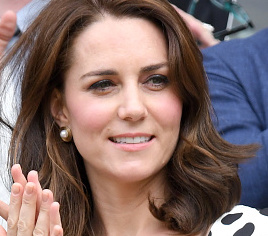 LONDON, ENGLAND - JULY 03: Catherine, Duchess of Cambridge attends day one of the Wimbledon Tennis Championships at Wimbledon on July 3, 2017 in London, United Kingdom. (Photo by Karwai Tang/WireImage)