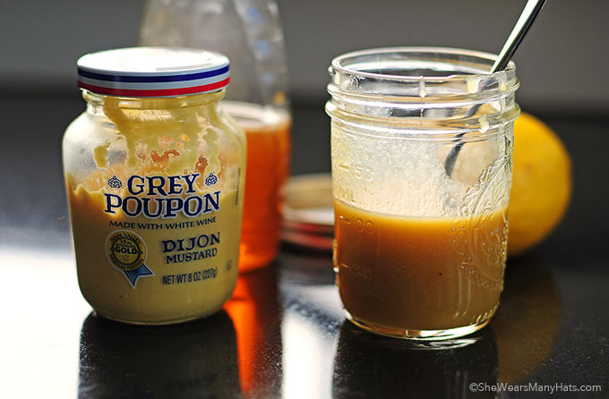Honey Mustard Salad Dressing shewearsmanyhats.com
