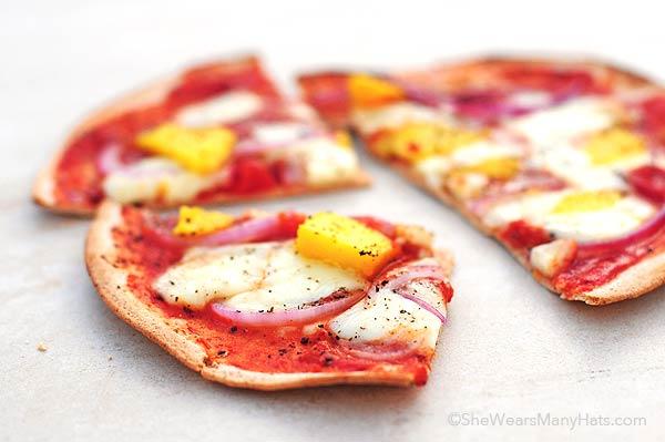 Brie, Red Onion Mango Pizza Recipe